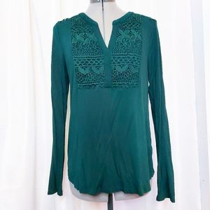 Cable & Gage Emerald Green Top Size M